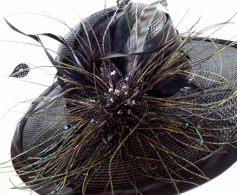Gioconda Black Spring Racing Carnival Hat